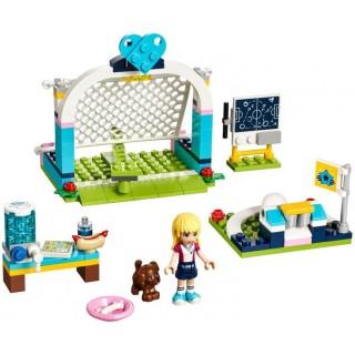 LEGO Friends - Stephanie na fotbalovém tréninku