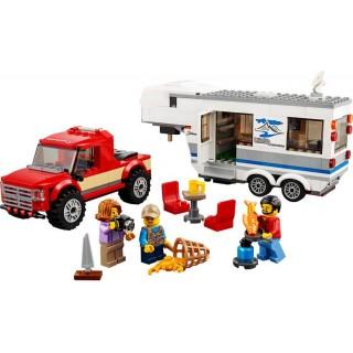 LEGO City - Furgon és lakókocsi LEGO® 60182