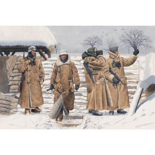 Model Kit figurky 6518 - GERMAN INFANTRY IN WACHTMANTEL (LENINGRAD 1943) (1:35)