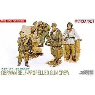 Model Kit figurky 6016 - GERMAN SELF-PROPELLED GUN CREW (1:35)