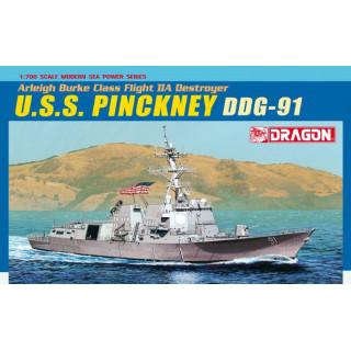Model Kit loď 7057 - U.S.S. PINCKNEY DDG-91 (1:700)