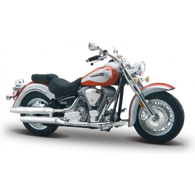 Bburago Kit Yamaha Road Star 1:18