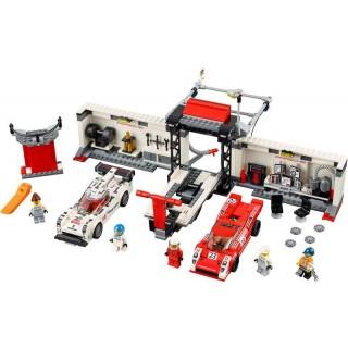 LEGO Speed Champions - Porsche 919 Hybrid a 917K ulička v boxech