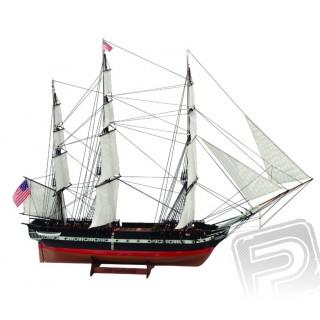 USS Constitution 1:100 Asztali modell